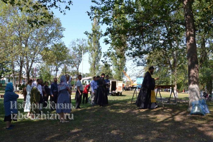 28 августа 2021 Установка креста в горсаду_034