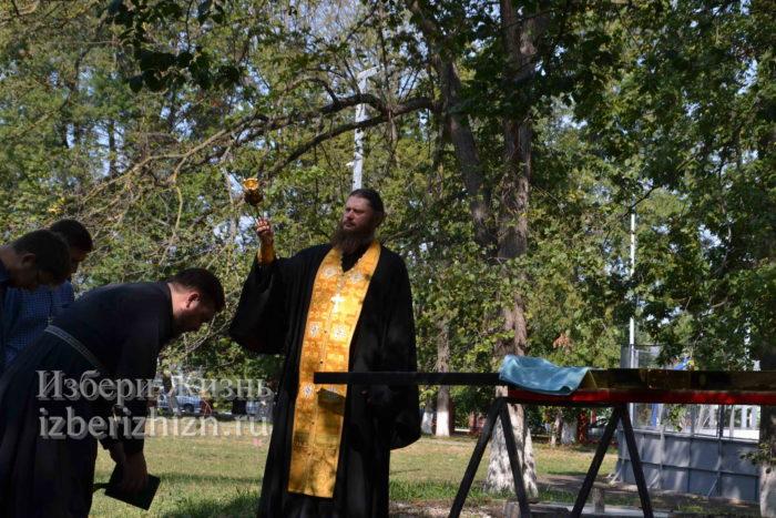 28 августа 2021 Установка креста в горсаду_050