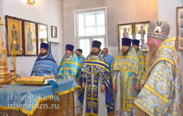 22 октября 2021 - владыка в Богоявленском храме_37