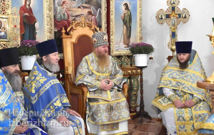 22 октября 2021 - владыка в Богоявленском храме_45